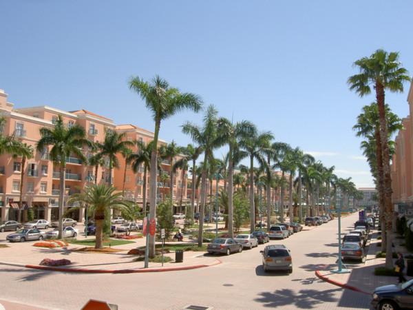 Monter un commercer à Boca Raton, en Floride